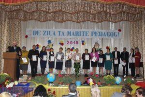 """Festivitate dedicată """"Zilei Profesionale a Lucrătorilor din Învățământ"""""""