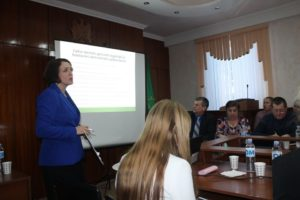 Seminar de instruire a primarilor şi secretarilor organizat de reprezentanţii Cancelariei de stat a RM