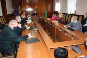 Membrii Comisiei Raionale Extraordinare de Sănătate Publică s-au întrunit în ședință