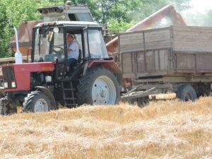 E în toi recoltarea cerealelor !!!