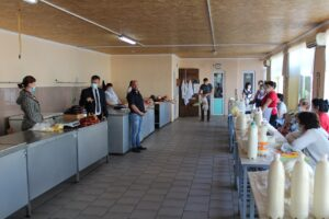 Comercianţii de carne şi lactate din Şoldăneşti vor continua să activeze