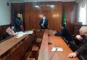 A fost semnat contractul de achiziționare a lucrărilor de reparație și întreținere a drumurilor raionale