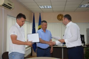 """A fost semnat contractul de antrepriză privind executarea lucrărilor din cadrul proiectului de eficienţă energetică a Liceului Teoretic """"Alexei Mateevici""""din or. Şoldăneşti"""