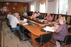 Comisiile consultative de specialitate au examinat chestiunile propuse  pentru ordinea de zi a  ședinței ordinare din 24 august 2021
